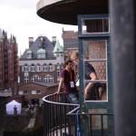 Raucherpause auf dem Balkon beim openTransfer CAMP Hamburg 2014